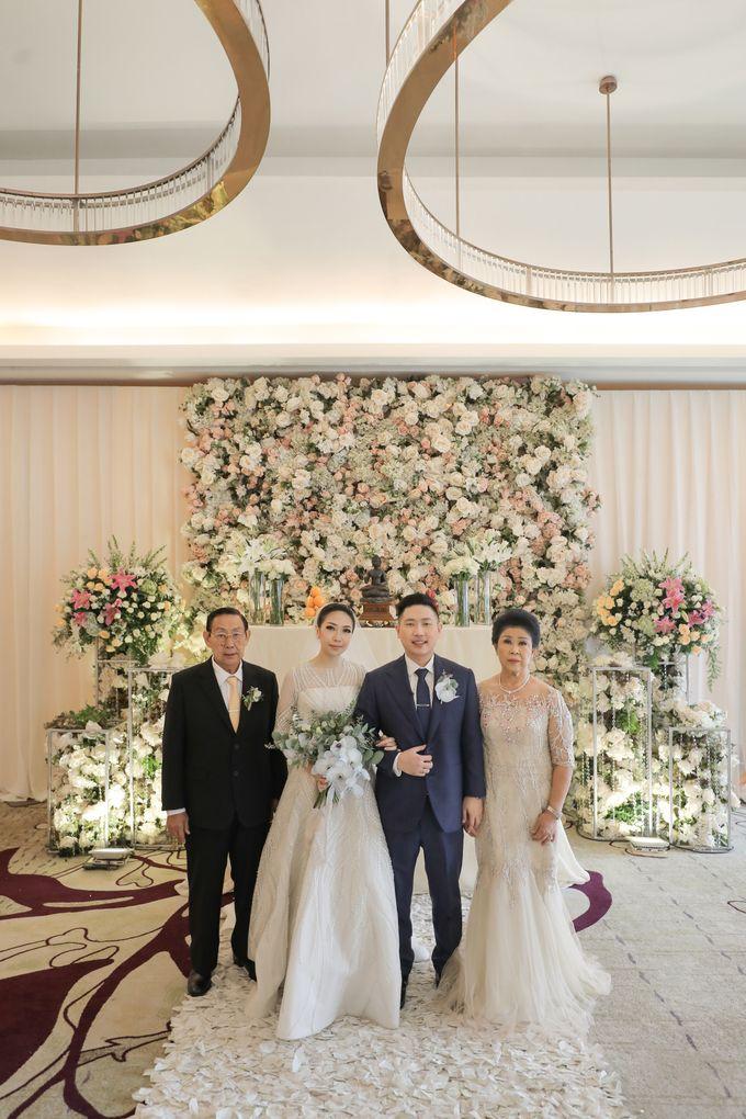 Holy Matrimony & Tea Ceremony Rendy & Tiffany by WYMM Organizer - 011