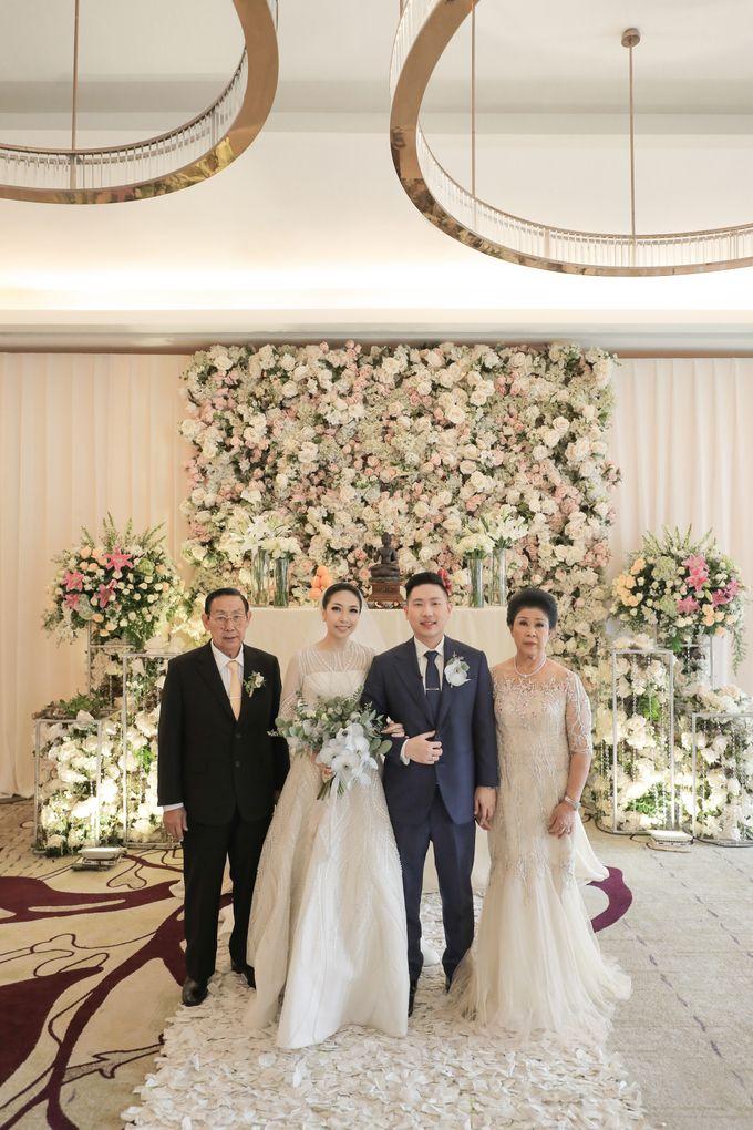 Holy Matrimony & Tea Ceremony Rendy & Tiffany by Priscilla Myrna - 011
