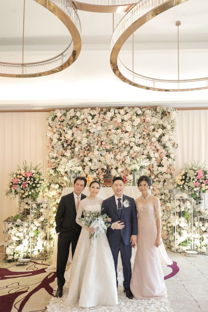 Holy Matrimony & Tea Ceremony Rendy & Tiffany by Priscilla Myrna - 016