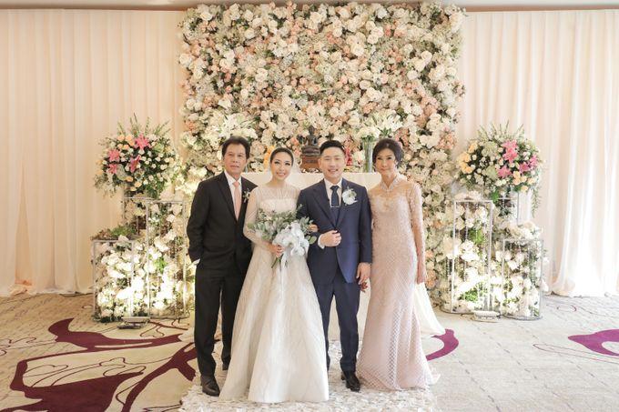 Holy Matrimony & Tea Ceremony Rendy & Tiffany by Priscilla Myrna - 017
