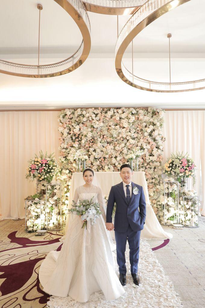 Holy Matrimony & Tea Ceremony Rendy & Tiffany by Priscilla Myrna - 025