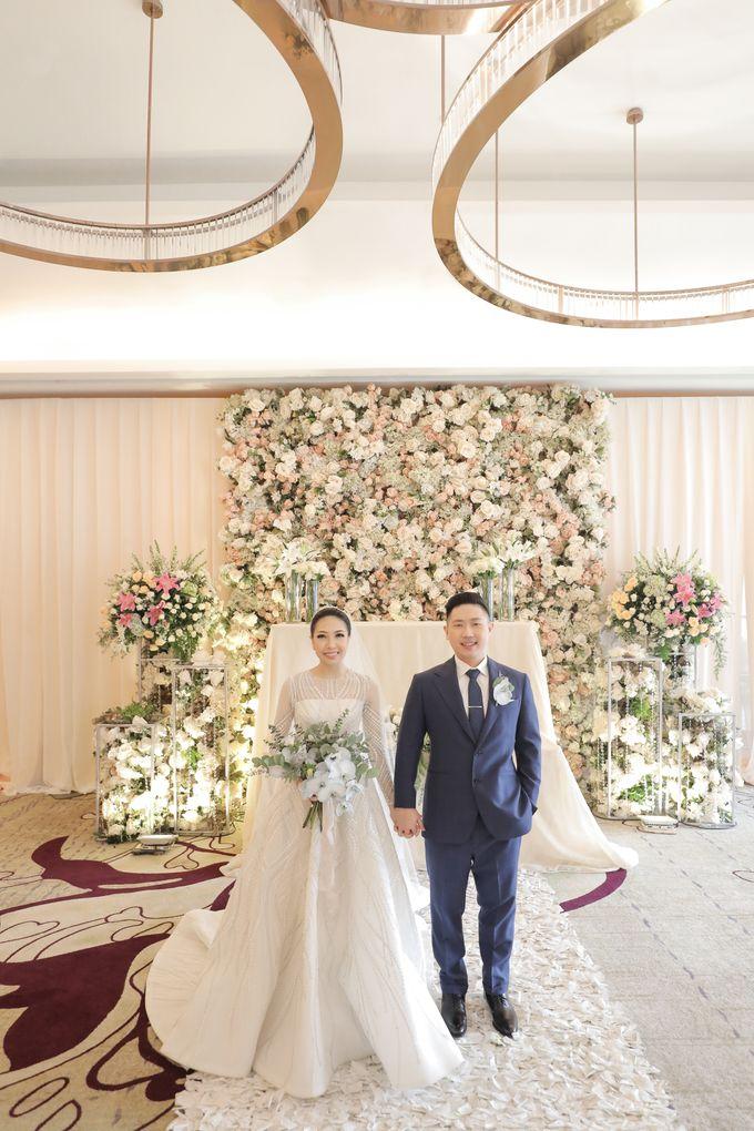 Holy Matrimony & Tea Ceremony Rendy & Tiffany by WYMM Organizer - 027