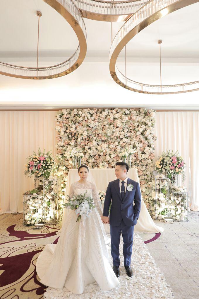 Holy Matrimony & Tea Ceremony Rendy & Tiffany by Priscilla Myrna - 027