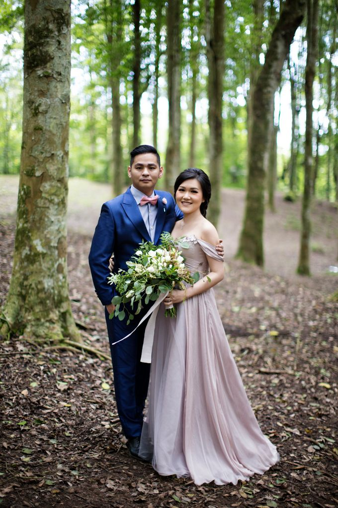 Hendric & Dian Engagement Session by Hope Portraiture - 014