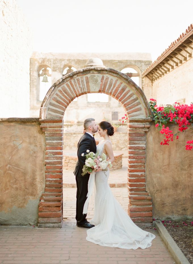 Southern California Spring Pre-Wedding by Feather and Stone Photography - 010