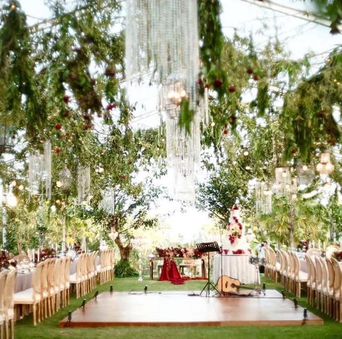 David and Michelle in Bali by Tea Rose Wedding Designer - 014