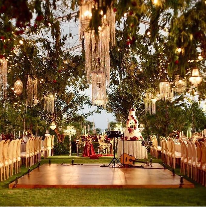 David and Michelle in Bali by Tea Rose Wedding Designer - 017