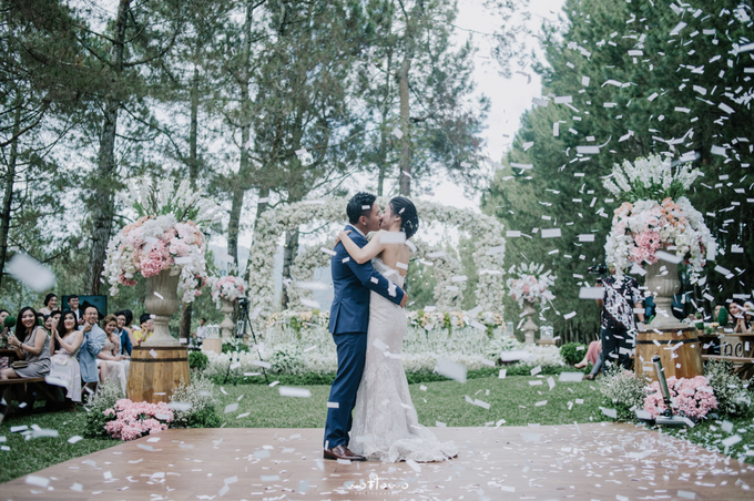 Darren & Calestina Wedding by Pine Hill Cibodas - 033
