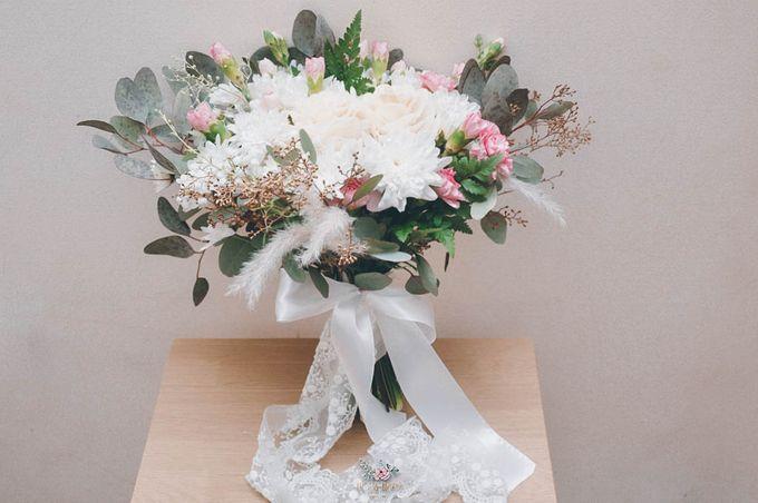Yevita Wedding Bouquet by Floral Treats - 001