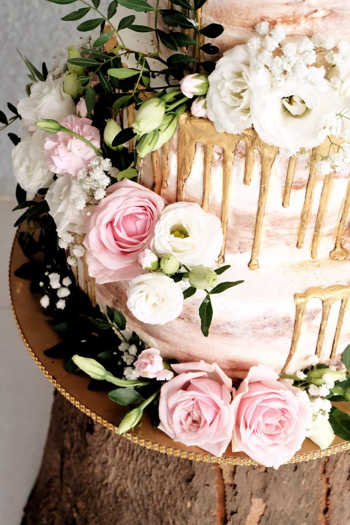 Three Tiered Rustic with Flower Combination and Gold by KAIA Cakes & Co. - 007