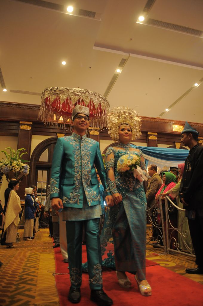 Fariz & Licha Reception by DES ISKANDAR - 001