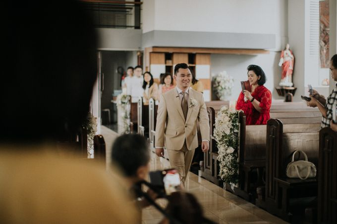 Ryan & Stella Holy Matrimony by Irish Wedding - 004