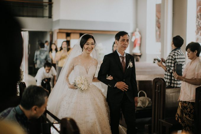 Ryan & Stella Holy Matrimony by Irish Wedding - 006