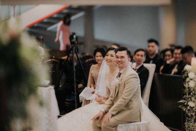 Ryan & Stella Holy Matrimony by Soko Wiyanto - 009
