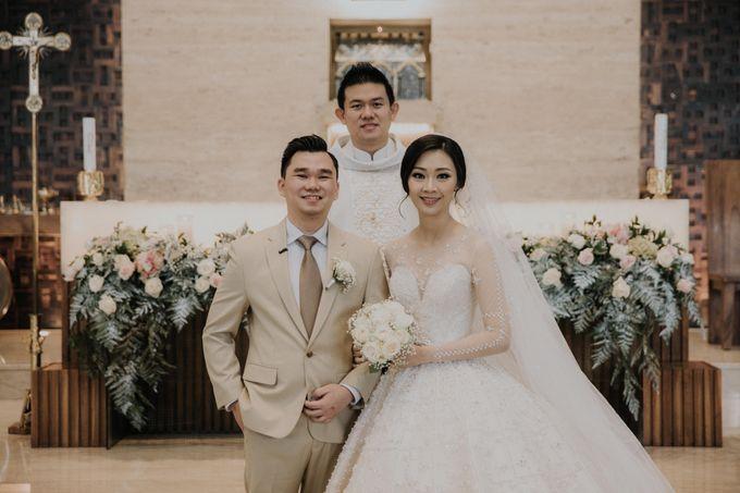 Ryan & Stella Holy Matrimony by Soko Wiyanto - 015