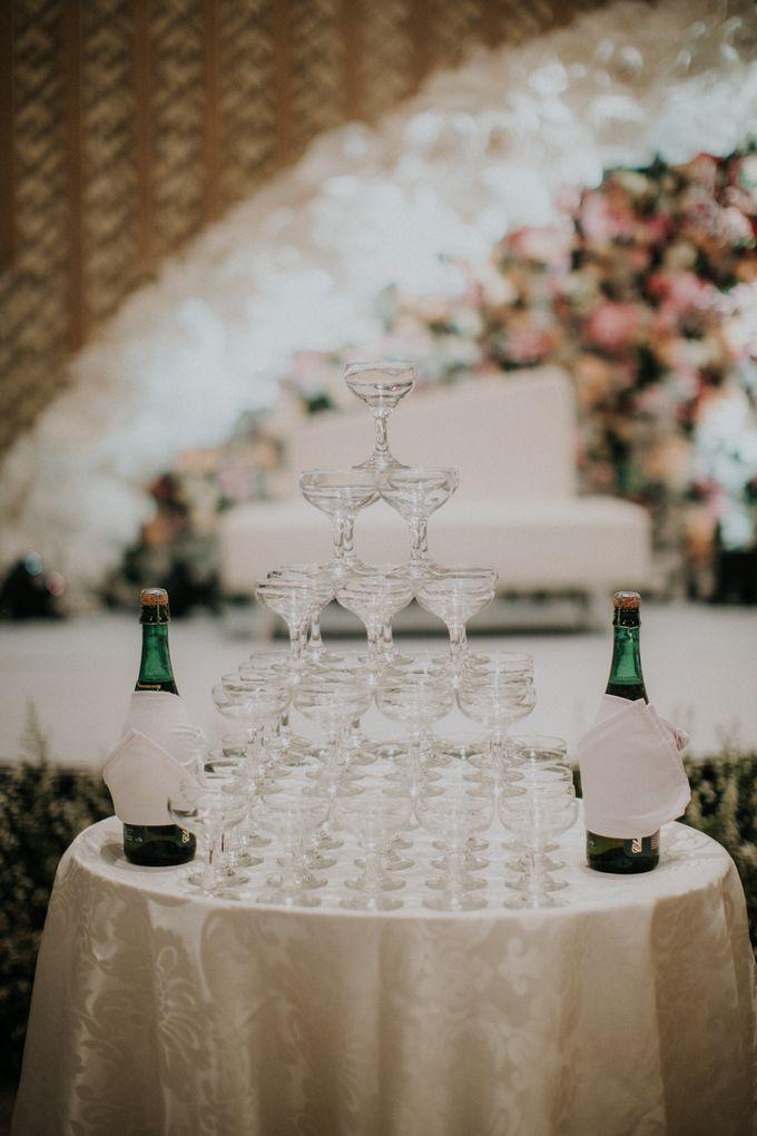 Ryan & Stella Wedding Reception by Irish Wedding - 014