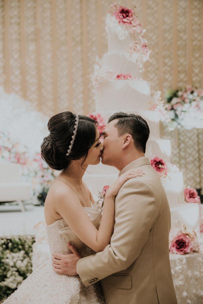 Ryan & Stella Wedding Reception by Irish Wedding - 019