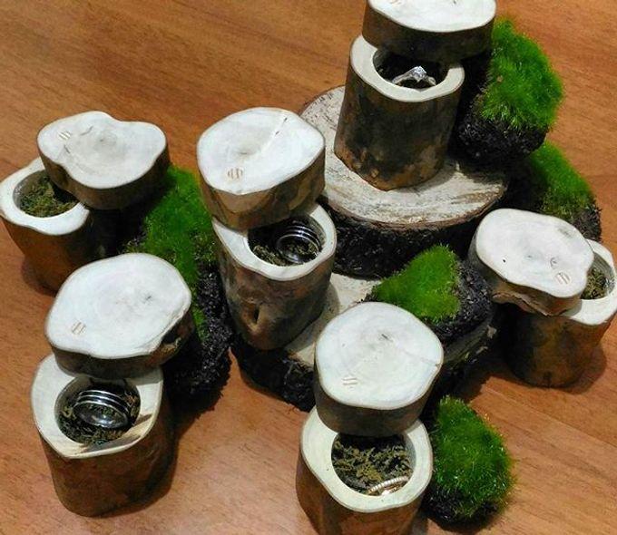 Wedding ring box by Hana Seserahan - 024