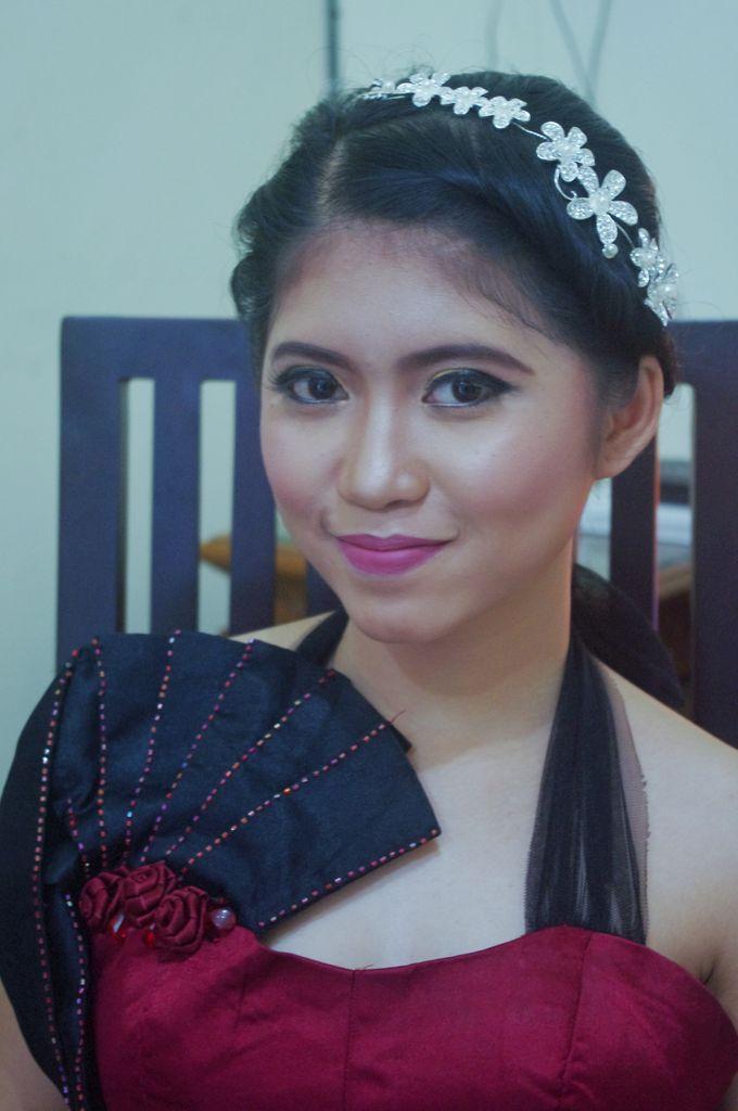 Graduation And Prewedding by Maulani Makeup - 002