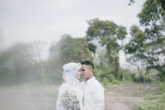 Pre Wedding Session Of Elsa & Adi by Rizwandha Photo - 019