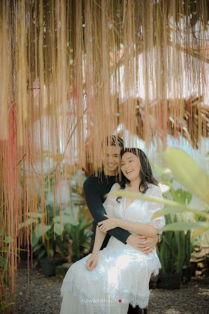 Pre Wedding Of Dita & Louise by Rizwandha Photo - 033