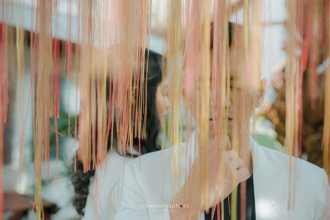 Pre Wedding Of Dita & Louise by Rizwandha Photo - 005
