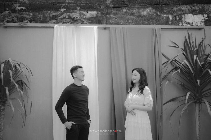 Pre Wedding Of Dita & Louise by Rizwandha Photo - 040