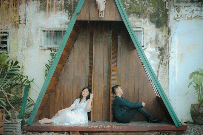 Pre Wedding Of Dita & Louise by Rizwandha Photo - 035