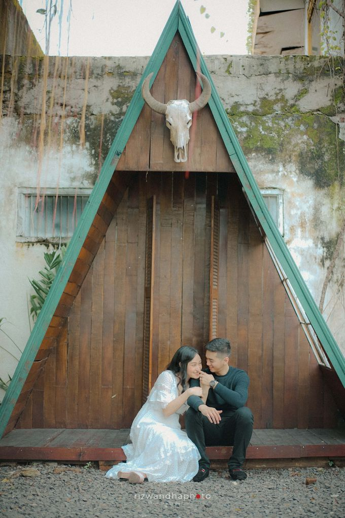 Pre Wedding Of Dita & Louise by Rizwandha Photo - 013