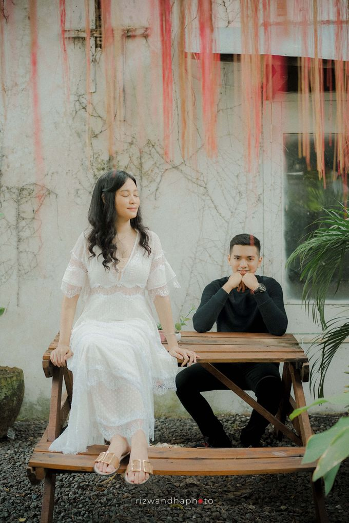 Pre Wedding Of Dita & Louise by Rizwandha Photo - 029