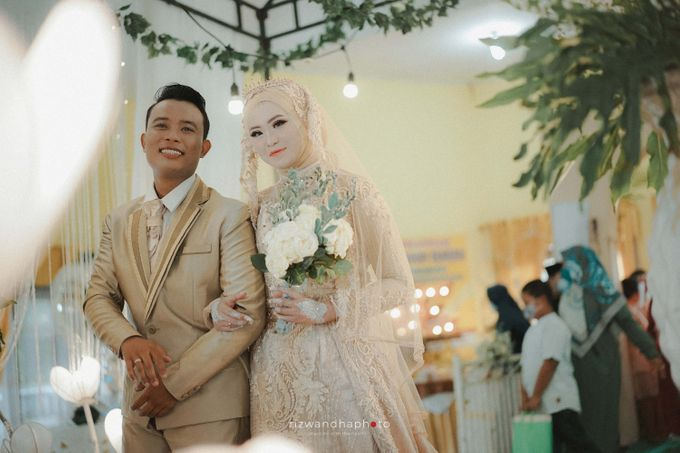 The Wedding Of Elsa & Adi by Rizwandha Photo - 009