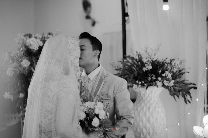 The Wedding Of Elsa & Adi by Rizwandha Photo - 017