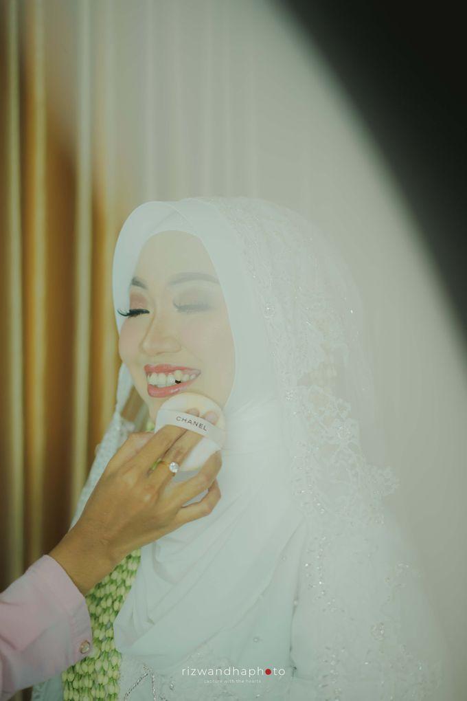 The Wedding Of Isya & Aan by Rizwandha Photo - 008
