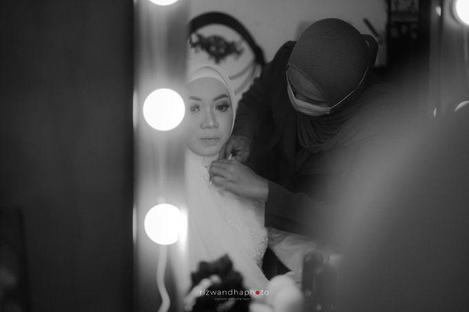 The Wedding Of Isya & Aan by Rizwandha Photo - 036