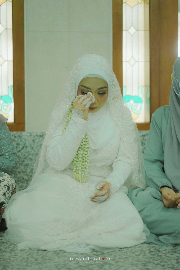 The Wedding Of Isya & Aan by Rizwandha Photo - 001