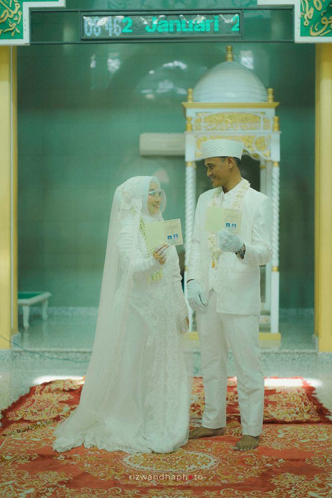 The Wedding Of Isya & Aan by Rizwandha Photo - 025