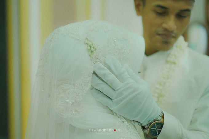 The Wedding Of Isya & Aan by Rizwandha Photo - 032