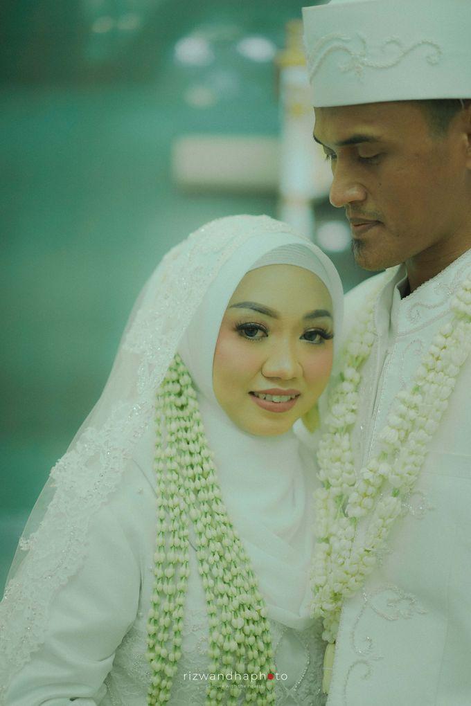 The Wedding Of Isya & Aan by Rizwandha Photo - 006