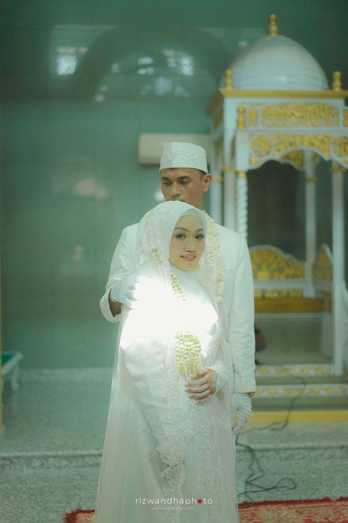 The Wedding Of Isya & Aan by Rizwandha Photo - 012