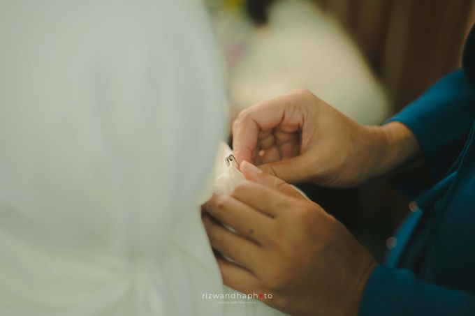 The Wedding Of Isya & Aan by Rizwandha Photo - 007