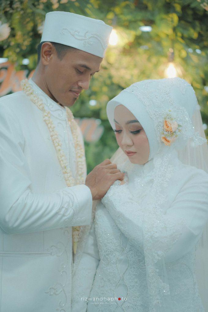 The Wedding Of Isya & Aan by Rizwandha Photo - 014
