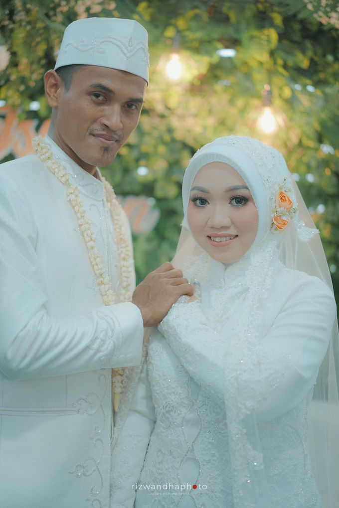 The Wedding Of Isya & Aan by Rizwandha Photo - 037
