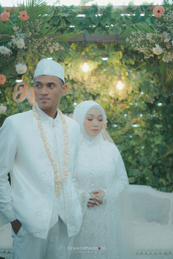 The Wedding Of Isya & Aan by Rizwandha Photo - 019