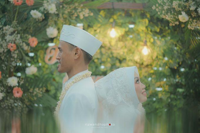 The Wedding Of Isya & Aan by Rizwandha Photo - 004
