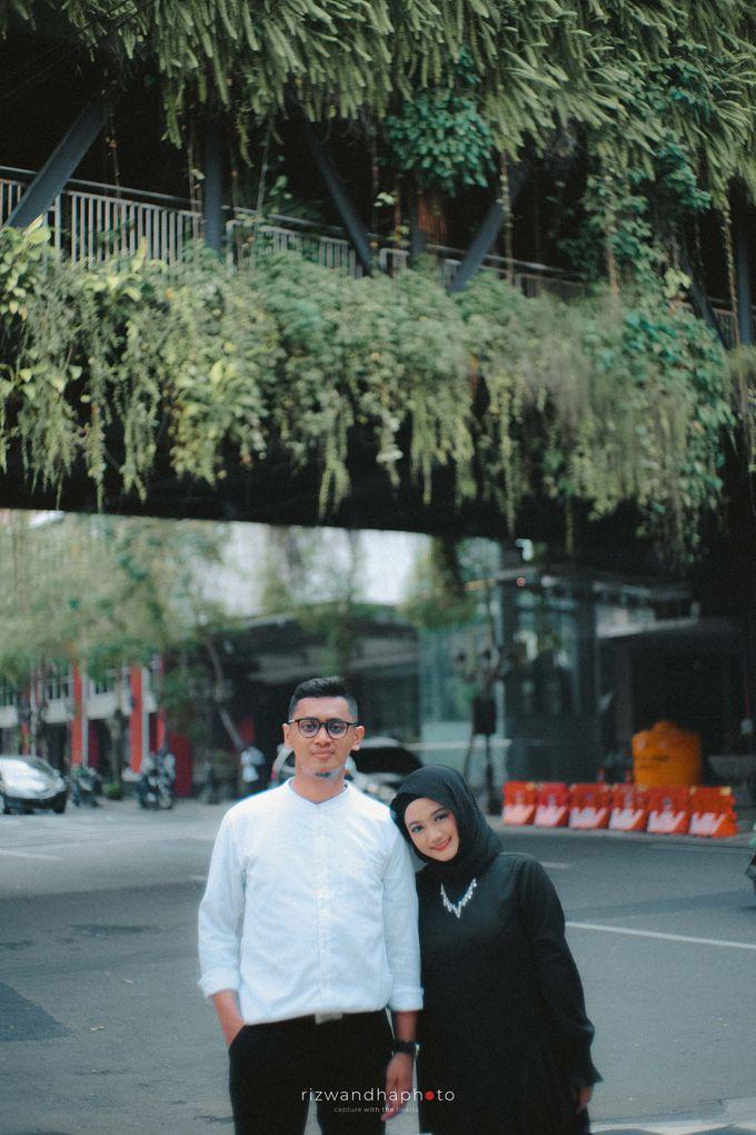 Pre Wedding Of Shinta & Aqil by Rizwandha Photo - 016