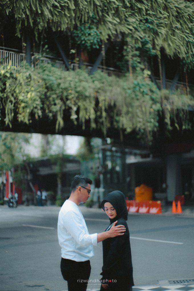 Pre Wedding Of Shinta & Aqil by Rizwandha Photo - 007