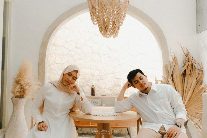 Pre Wedding Of Vika & Febri by Rizwandha Photo - 002