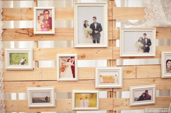 Actual Wedding Day Photography at Singapore by Rosette Designs & Co - 003