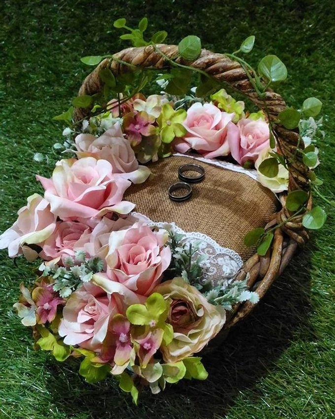 Wedding ring box by Hana Seserahan - 032