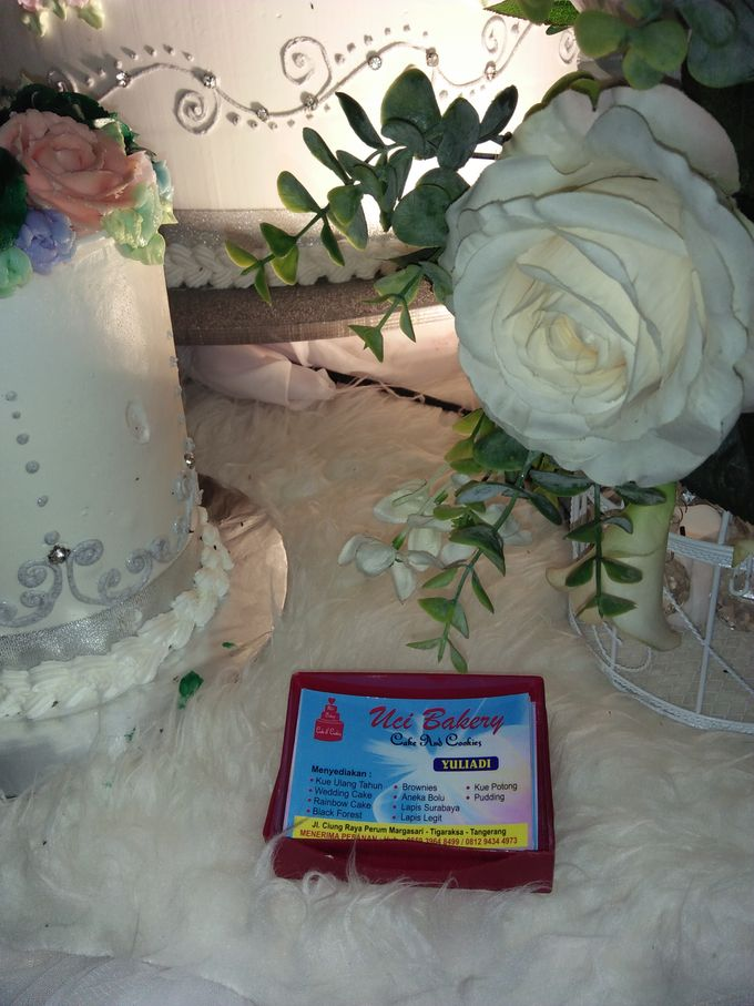 Wedding Cake Full Buttercream Flower by Uci Bakery - 004